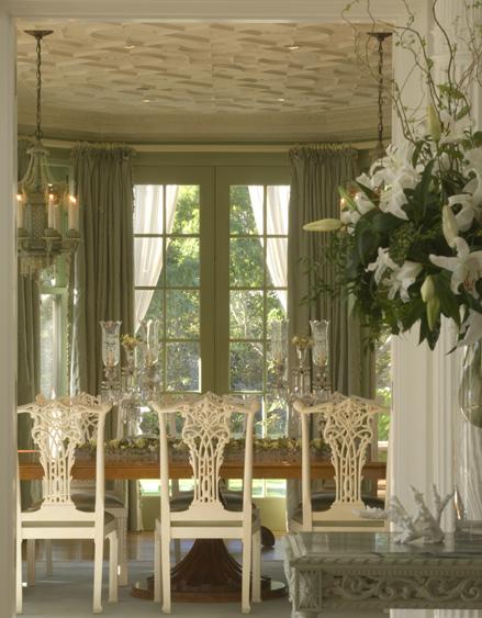 Summarhouse-table1